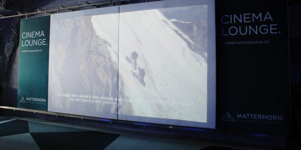 Film kijken op 3.883 meter voor skileraren Zermatt