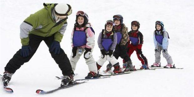 Gratis skischool viert 75ste verjaardag