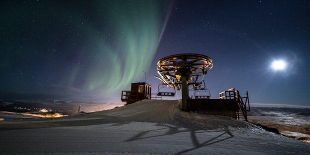 Erwin is skileraar in IJsland