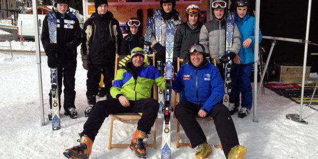 Zelf ski's bouwen zet leerlingen aan tot skiën