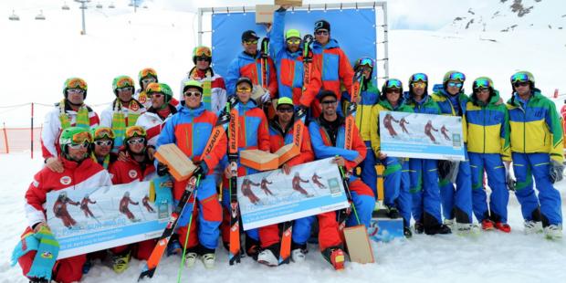 1ste EK formatie-skiën een groot succes