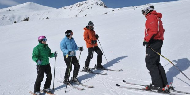 Skischolen Amerika gaan voor wereldrecord grootste skiles