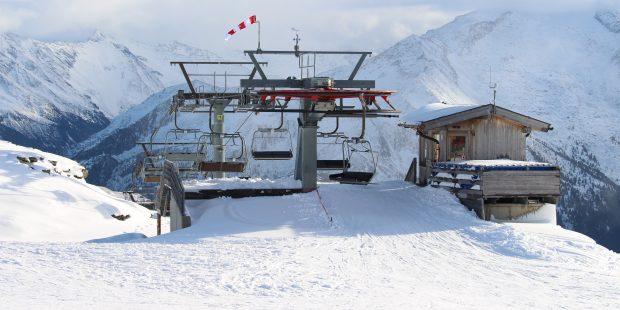 Winderige eerste lesdag voor veel Nederlandse skileraren