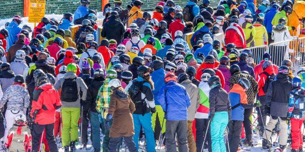 Hoe om te gaan met de lange wachttijden bij de skiliften