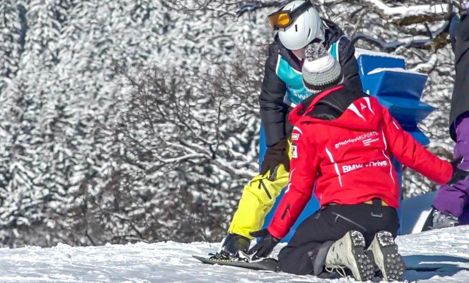 36 vluchtelingenkinderen krijgen voor het eerst skiles