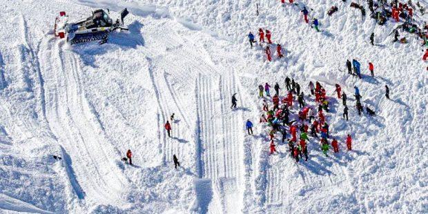 Snowboardleraar komt om het leven door lawine tijdens les