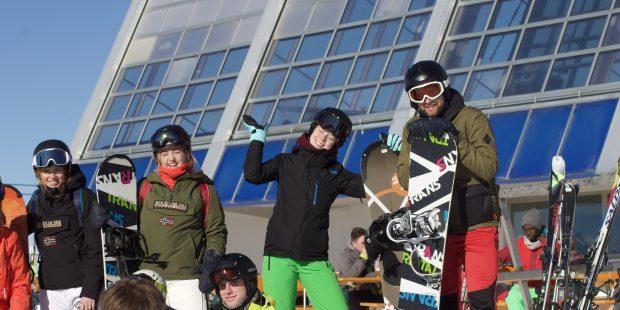 Hoe overtuig ik mijn vrienden om mee te gaan op wintersport?